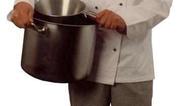 koch mit topf